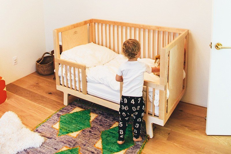 When to move a Todler to Todler Bed