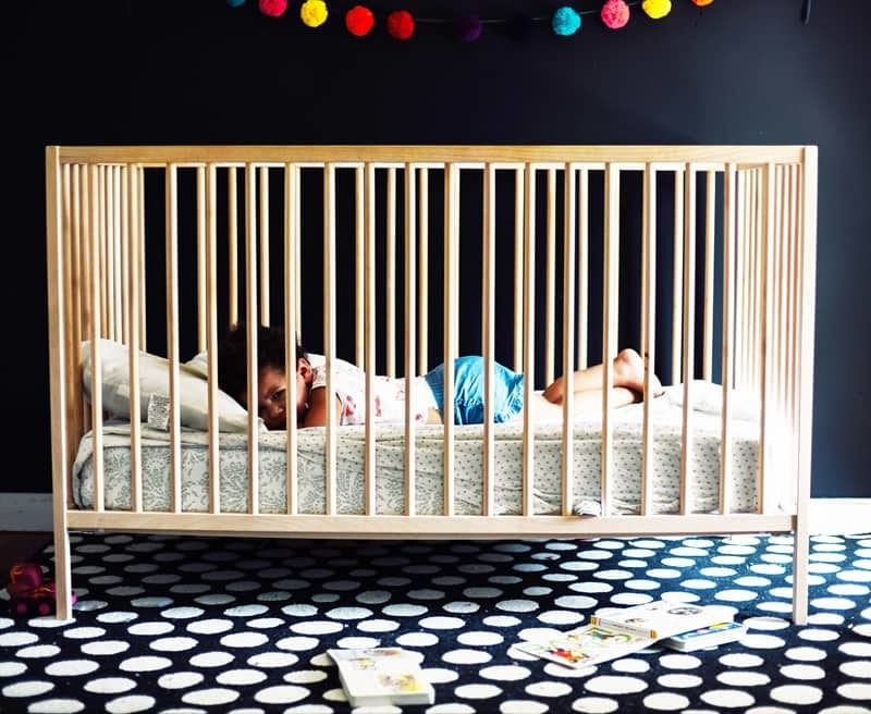 Tips If Your Baby Won't Sleep in Crib